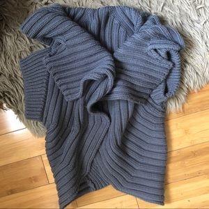 VPL folded sweater